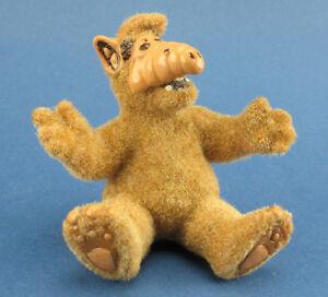Bully - Alf sitzend - Variante: mit Fell - BEFLOCKT - 5,4 cm - PVC Figur 1989