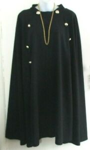 SHEIN CURVE SIZE 5XL LADIES STRETCH BLACK WITH GOLD BUTTON DETAIL CAPE