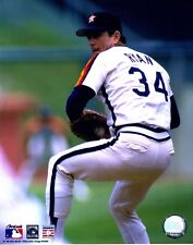 "Nolan Ryan ""Houston Astros"" Licensed Unsigned MLB Baseball 8x10 Photo A6"