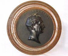 SECOND-EMPIRE MÉDAILLON en BOIS DURCI de ALPHONSE DE LA MARTINE (1790 -1869)
