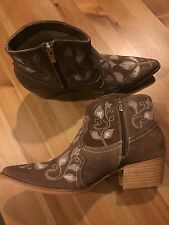 NEW $278 ~ Sundance Catalog Flavia Embroidered Ankle Boots 37 / Chicory Brown
