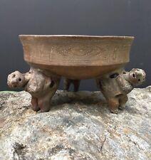 AD 700-1550 pre-columbian ancient cost rican tripod bowl