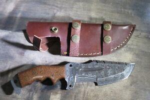 Damascus Survival knife with beautiful carbon fiber stocks & leather sheath