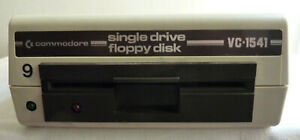 Commodore single drive floppy disk VC 1541  Nr.413314 ca. 1985