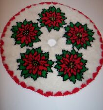 """Bucilla Christmas Latch Hook Tree Skirt Rug 39"""" Round Finished Completed Cut"""