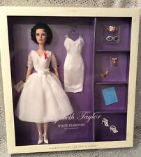 ELIZABETH TAYLOR WHITE DIAMONDS SILKSTONE BARBIE DOLL GIFTSET 2012 W3471