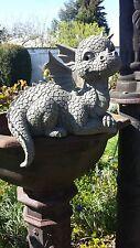 Gartendrache liegend Kantenhocker  Fantasy Gartenfigur Drachen Figur Figuren