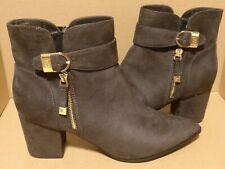 4c3ff046e4e Liz Claiborne Womens Cornelia Pointed Toe Ankle Fashion Boots