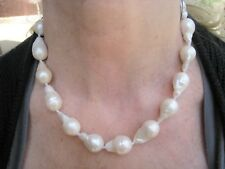 NATURAL CREAMY-WHITE/CHAMPAGNE SOUTH SEAS BAROQUE PEARL NECKLACE 14k YELLOW GOLD