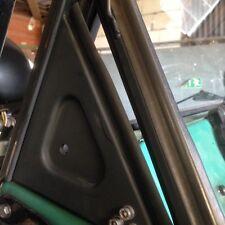Unimog Cabriolet 403-406-416-421 Caoutchouc Triangle Pare-brise