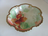 LIMOGES ARTIST SIGNED HAND PAINTED LEAVES & BERRIES BOWL W HEAVY GOLD TRIM