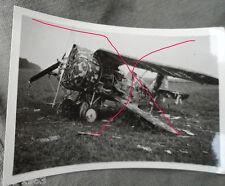 original Foto Russland   russisches Jagdflugzeug Rata  getarnt   am Boden zerstö