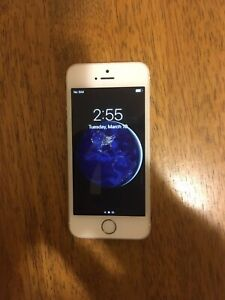 Apple iPhone SE - 32GB - Silver A1662