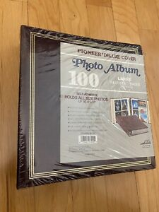 Vintage Pioneer Deluxe  Alligator Cover 100 Photo Album TR-100 Fits To 8 x10