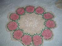 "Vtg Lot 40s Pink Raised Rosettes Mint Green & Ivory Lace Crochet Doily 12""#SFB"