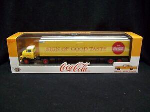 M2 Machines Auto Haulers Coca-Cola 1958 Dodge COE & 1957 Chrysler 300C