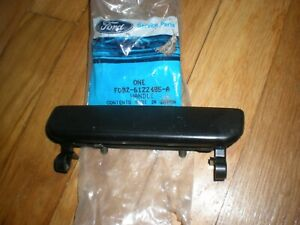 NOS 1990-1993 Ford Festiva Outer Door Handle LH Front F0BZ-6122405-A