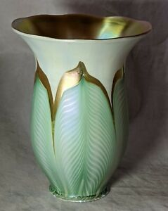 Signed Quezal Feather Pull Art Glass Shade Art Nouveau Lighting No Reserve