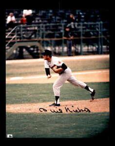Phil Niekro Hand Signed 8x10 Photo Autograph Braves
