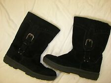 Women's White Mountain Black Suede Winter Plush Lined Boots - 9M