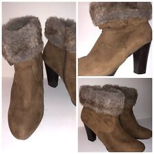 DANA BUCHMAN Brown Suede Faux Fur Zip Side Fashion Womens Ankle Boots Size 9 M