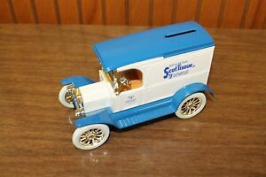 ERTL DieCast 1/25 Scale Model T Bank (Scott Tissue) ages 8 and up