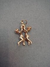 VINTAGE 14K GOLD BOY AND GIRL PLAYING BALL 3D CHARM/PENDANT