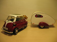 BMW Isetta 250 with a camper Revell 1:18