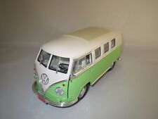 "Road Signature  Volkswagen  Microbus  ""1962""  1:18 ohne Verpackung !"