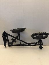 ANTIQUE WALL MOUNT VICTORIAN SWING ARM BRACKET CAST IRON DUAL OIL LAMP OR PLANT