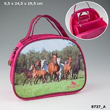 NEW HORSES DREAMS  BEAUTY CASE