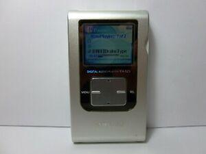 Samsung Yepp YH-925 Silver/White ( 20 GB ) Digital Media Player MP3 YH-925GS XAA