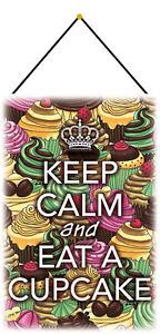 Keep calm eat Cupcake Schild mit Kordel Metal Tin Sign 20 x 30 cm CC0461-K
