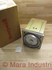 Honeywell R7353B 9295 Temperature Controller