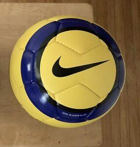 Nike Aerow Football Hi Vis Winter Soccer Ball T90 Premier La Liga Serie