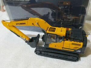 HYUNDAI 1/35 HX220 EXCAVATOR DIECAST CONSTRUCTION EXCABATOR MODEL 1/35