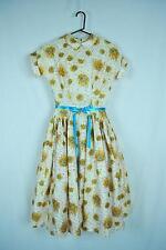 1950s Novelty Print Dress Bust 36 Waist 26 Short Sleeves Dropped Waist