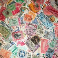 100 Grammes timbres du monde à trier