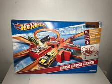 Hot Wheels Criss Cross Crash Track Set 4 Way Loop V0646