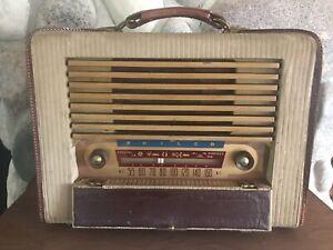 Vintage Philco Radio Model E-678 Suitcase Style **parts/repair**