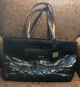 Large Coach Tote. Navy Quilted Patent Leather.