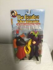 THE BEATLES YELLOW SUBMARINE SGT. PEPPER GEORGE SNAPPING TURK 2000 MCFARLANE