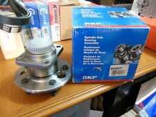 SKF BR930049 Rear Bearing and Hub Assembly For Many 87-90 GM Applications