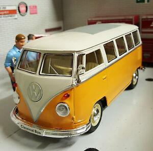 VW Bay T1 Split Schermo Motorhome Camper Furgone 1:24 Scala Diecast Dettagliato