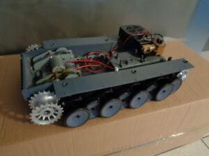 RC Panzer Tiger1 1:16 neue Unterwanne mit  Metallgetriebe Rauchmodul Speaker