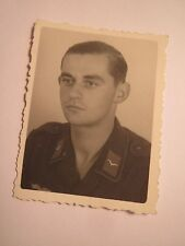 Soldat in Uniform - Portrait / Foto