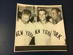 orig. 1960 MICKEY MANTLE & ROGER MARIS NEW YORK YANKEES BASEBALL PLAYERS PHOTO