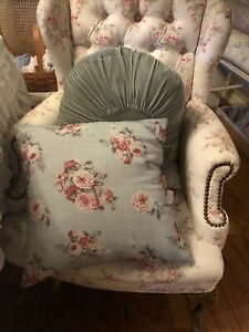 Rare Rachel Ashwell Shabby Chic Couture Manor Floral Teal Cluster Pillow New