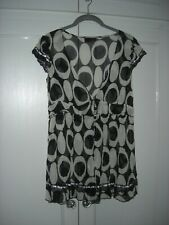 LOVELY NEXT - BLACK/CREAM TUNIC/TOP L/WEIGHT CRINKLE POLYESTER RIBBON/LACE - 12