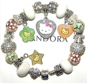 in pillowbox presentation box HELLO KITTY Bracelet  with charms